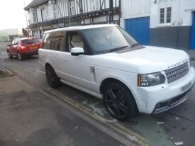RANGE ROVER Vogue,Overfinch Conversion,leather interior,22 inch Overfinch Graphite alloys,55,000