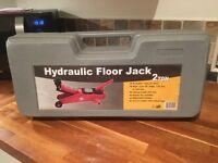Hydraulic Floor Jack - 2Ton, 135mm to 356mm lift range