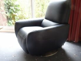 2 ITALIAN DESIGNER RECLINER LEATHER SWIVEL CHAIRS