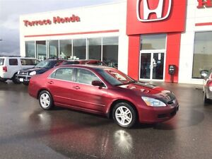 2006 Honda Accord EX-L Heated seats. Sunroof. Key less entry. AB