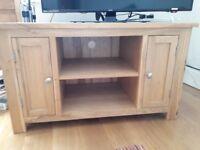 Solid Oak TV Unit- REDUCED excellent condition
