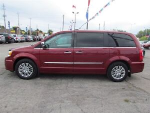 2012 Chrysler Town & Country Limited   NAV   CAM   LEATHER   ROO London Ontario image 4