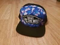 VANS OFF THE WALL SNAPBACK CAP