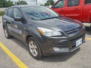 2015 Ford Escape SE/AWD  -NO ADMIN FEE, FINANCING AVALAIBLE WITH
