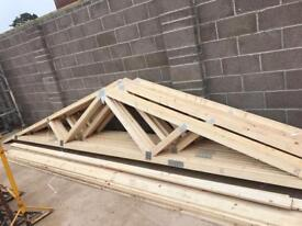 Roof truses without bracing