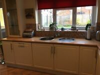 Used Kitchen Units and Applicances