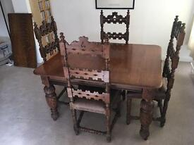 Dining table and chairs. Antique / vintage.