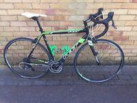 Felt F95 Team Issue Road Bike 56cm frame - very good condition.