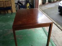 Mahogany table with extension & 8 chairs
