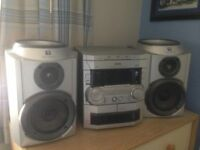 Phillips cd player/stereo System, 3 piece, speakers so can be position to allow best sound.like new.