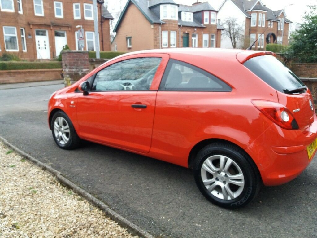 Vauxhall corsa energy 2010 3 door hatchback