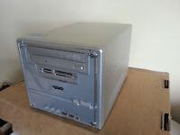 Shuttle PC mini Media Centre Streamer, 500GB, Radeon HD3450 HDMI, Wifi, Windows 7