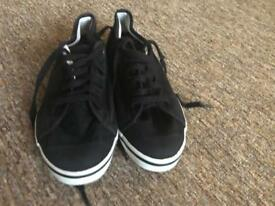 Fred Perry shoes size 4
