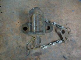 towing hitch ,pin type , not ball type