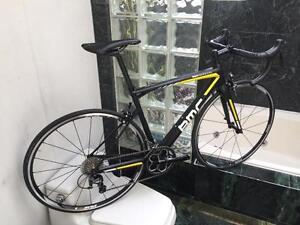 BRAND NEW (51cm & 54cm) BMC TEAM MACHINE SLR03 ULTEGRA ROAD BIKE