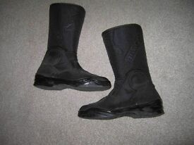 Ladies size 5 'Falco' motorcycle boot