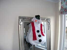 SNOWMAN OUTFIT AGE 3-5 YEARS EXCELLENT CONDITION