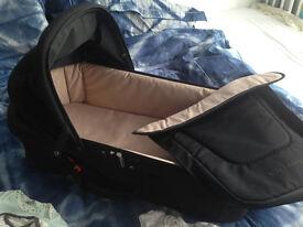 MacLaren Carrycot (Moses Basket ?), 20+ Baby Grows