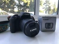 Canon 750D SLR camera mint condition