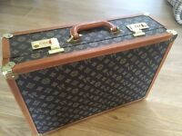 LV style luggage suitcase bag briefcase