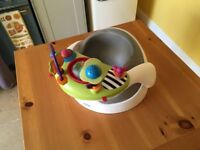 Mammas and Pappas baby seat with play tray in white / grey