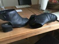 Size 4 river island girls women's shoes