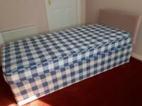 2x Single Beds For Sale