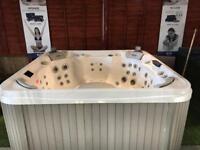 Wellis Elbrus deluxe ex display hot tub