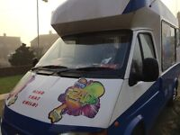 ICE CREAM VAN Ford Transit 2000, 2 seats working in London, MORE parts are new ready to make money .