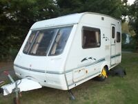SWIFT CHALLENGER 400 SE 2 BERTH CARAVAN 2002+FULL AWNING+EXTRAS