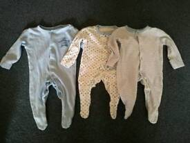 Tiny baby / early baby clothes