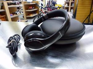 Écouteurs avec fil SAMSUNG Level On