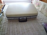 matching pair of vintage 1950's jetliner luxury satin lined hard suitcases ex cond,