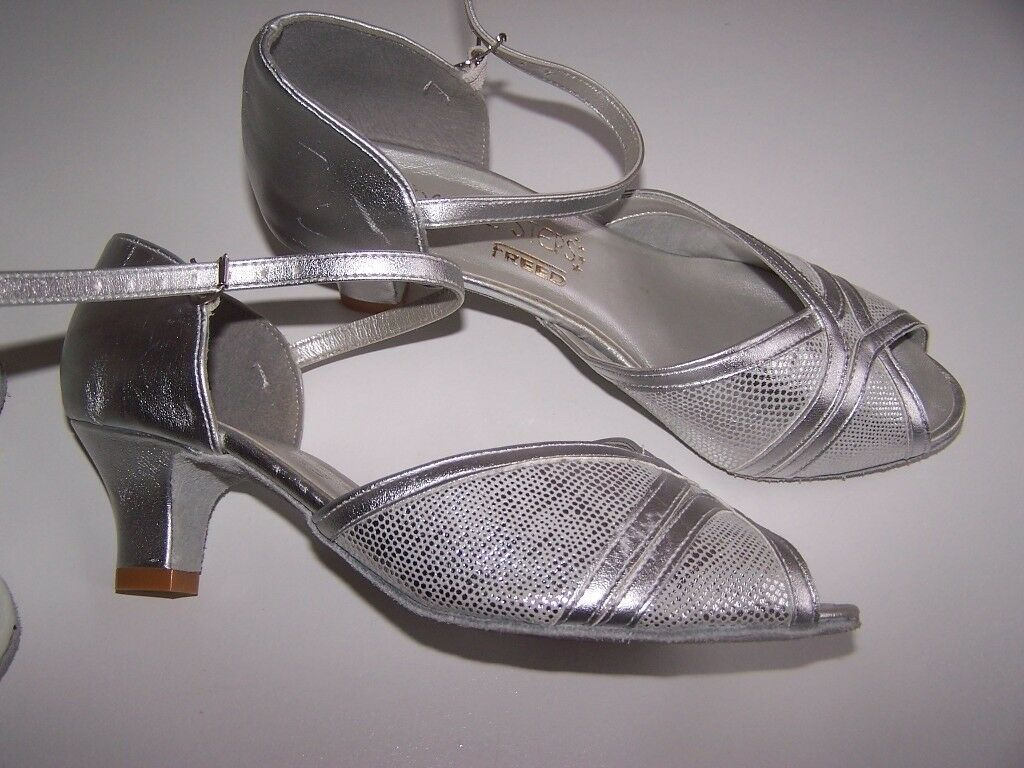 15d9c8a2913 2 x PAIRS OF SILVER DANCING SHOES SANDALS SIZE 4.5. WORN BUT IN GREAT  CONDITION