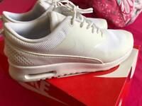 Women's Nike air max Thea || size 7