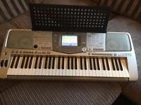 Yamaha 2100 electric keyboard