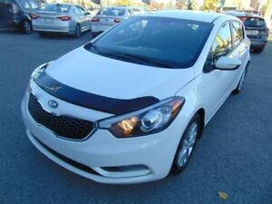 2014 Kia Forte LX, Hatchback, bluetooth, banc chauffants