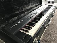 Roland RD700SX Keyboard with Flight Case - IMMACULATE CONDITION