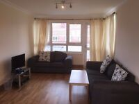 Top floor 2 Bedrooms flat in Marylebone ( Edgware Road ) NW8 ( STUDENTS ACCOMMODATION )