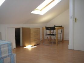 091T-TFF-WEST KENSINGTON- DOUBLE STUDIO FLAT, FULLY FURNISHED, BILLS INCLUDED - £780 PER MONTH