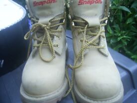 Snap-on VR6 Tan Size 5 Boots Hardly worn not steel toe caps excellent oncondition
