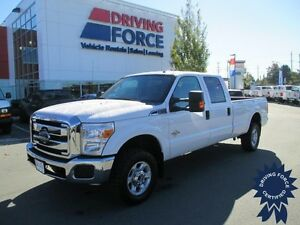 2014 Ford Super Duty F-350 SRW XLT Crew Cab 4WD - Seats 6 People