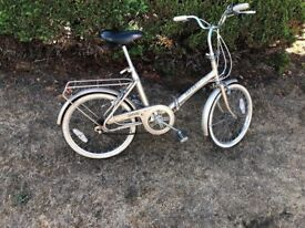 raleigh safari bicycle