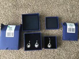 Swarovski Megan necklace and earring set (1071202 & 1062665)