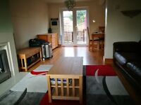 Spacious Double Room to Rent in Reading