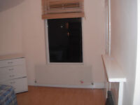 DOUBLE ROOM TO RENT IN BRIXTON HILL FOR ONE PERSON - £600 PCM - ALL BILLS