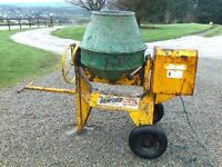 Benford electric cement mixer, recent new motor and longer flex, good working order