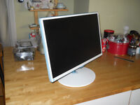SAMSUNG MONITOR 24 INCH MODEL SD 391 HL