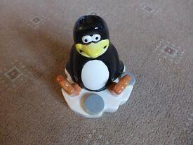 Penguin money box - BRAND NEW