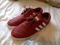 Adidas seeley low, UK 11